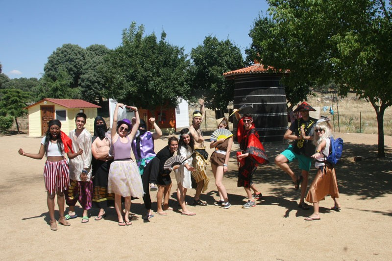 Imagen Secundaria de BERMUDILLO SPANISH&ENGLISH FUN CAMP 4