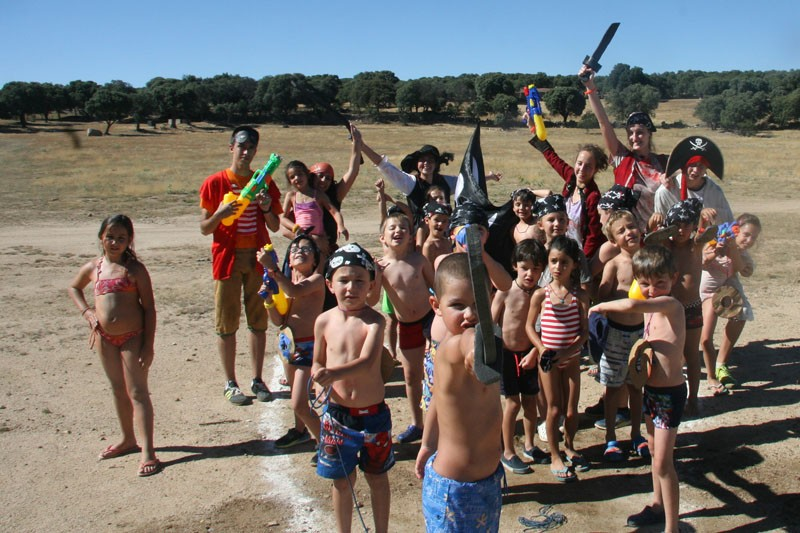 Imagen Secundaria de BERMUDILLO SPANISH&ENGLISH FUN CAMP 10