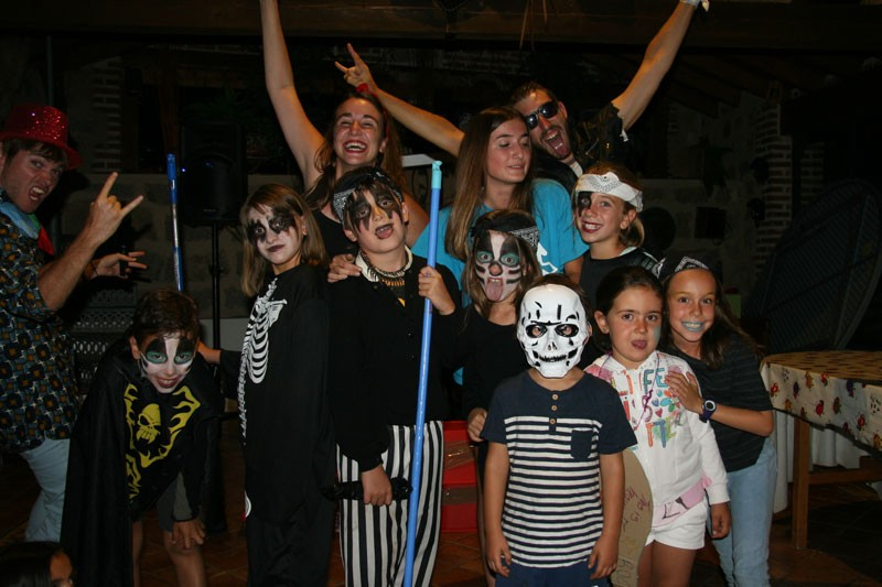 Imagen Secundaria de BERMUDILLO SPANISH&ENGLISH FUN CAMP 19